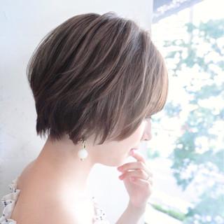 エフォートレス ショート デート フェミニン ヘアスタイルや髪型の写真・画像