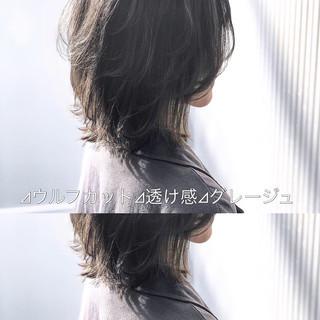 グレージュ アッシュ アッシュグレージュ 前髪 ヘアスタイルや髪型の写真・画像