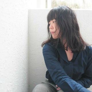ミディアム パーマ ナチュラル ロブ ヘアスタイルや髪型の写真・画像