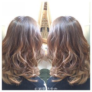 セミロング モード バレイヤージュ ヘアアレンジ ヘアスタイルや髪型の写真・画像 ヘアスタイルや髪型の写真・画像