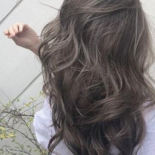 大人ハイライト ロング 外国人風カラー デート ヘアスタイルや髪型の写真・画像