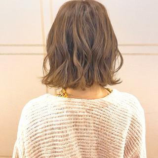 簡単ヘアアレンジ 切りっぱなし デート 大人かわいい ヘアスタイルや髪型の写真・画像