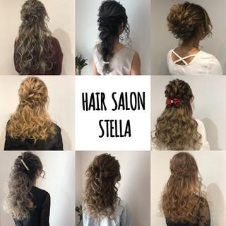 ハーフアップ ヘアアレンジ アップ セミロング ヘアスタイルや髪型の写真・画像