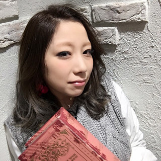 暗髪 外国人風 アッシュ グラデーションカラー ヘアスタイルや髪型の写真・画像