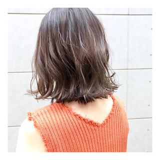ハイライト モード 切りっぱなしボブ 外ハネ ヘアスタイルや髪型の写真・画像