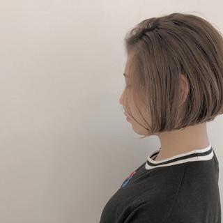 グラデーションカラー ナチュラル 切りっぱなし ボブ ヘアスタイルや髪型の写真・画像