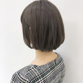 ナチュラル ボブ 簡単スタイリング グレージュ ヘアスタイルや髪型の写真・画像