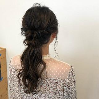 ハーフアップ ヘアアレンジ セミロング ルーズ ヘアスタイルや髪型の写真・画像
