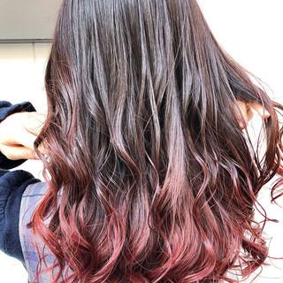ウルフカット ショートヘア インナーカラー ガーリー ヘアスタイルや髪型の写真・画像