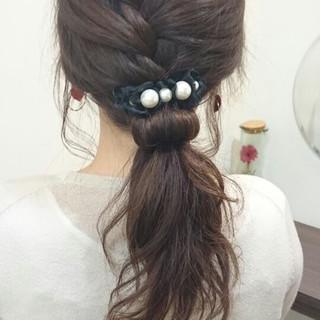 セミロング ナチュラル ヘアアレンジ 大人かわいい ヘアスタイルや髪型の写真・画像 ヘアスタイルや髪型の写真・画像