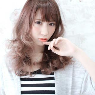 かわいい 外ハネ 外国人風 内巻き ヘアスタイルや髪型の写真・画像