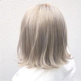 ハイトーン ホワイトアッシュ 外国人風カラー ボブ ヘアスタイルや髪型の写真・画像