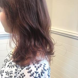 透明感 ラベンダーピンク ガーリー インナーカラー ヘアスタイルや髪型の写真・画像