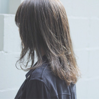 オルチャン セミロング デート 透明感 ヘアスタイルや髪型の写真・画像