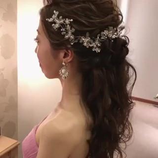 ロング アンニュイ ヘアアレンジ 上品 ヘアスタイルや髪型の写真・画像