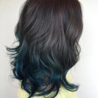 ストリート 夏 ミディアム ブルー ヘアスタイルや髪型の写真・画像