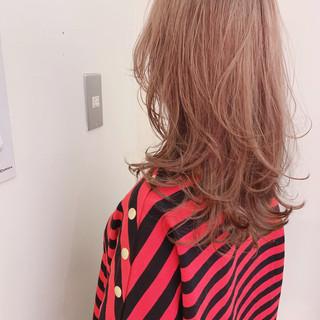 ゆるふわ アンニュイほつれヘア ナチュラル マッシュウルフ ヘアスタイルや髪型の写真・画像