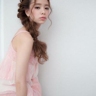 ロング ゆるふわ ヘアアレンジ フェミニン ヘアスタイルや髪型の写真・画像 ヘアスタイルや髪型の写真・画像