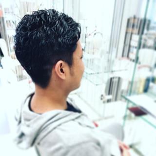 坊主 ボーイッシュ 黒髮 パーマ ヘアスタイルや髪型の写真・画像 ヘアスタイルや髪型の写真・画像