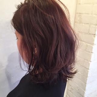 パープル ミディアム イルミナカラー アッシュ ヘアスタイルや髪型の写真・画像