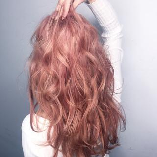 レッド ピンク グラデーションカラー ハイライト ヘアスタイルや髪型の写真・画像