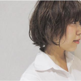 外ハネ ゆるふわ ハイライト 外国人風 ヘアスタイルや髪型の写真・画像