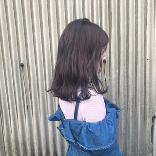 セミロング ピンク レッド グレージュ ヘアスタイルや髪型の写真・画像