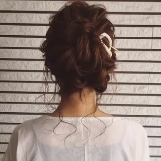 セミロング 大人かわいい 大人女子 結婚式 ヘアスタイルや髪型の写真・画像