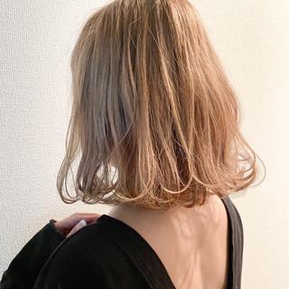 外ハネボブ ナチュラル 外ハネ 切りっぱなしボブ ヘアスタイルや髪型の写真・画像