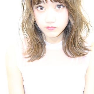 イルミナカラー 夏 ヘアアレンジ ハイトーン ヘアスタイルや髪型の写真・画像 ヘアスタイルや髪型の写真・画像