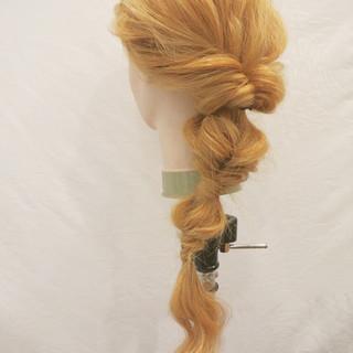 ロング ヘアアレンジ ルーズ くるりんぱ ヘアスタイルや髪型の写真・画像