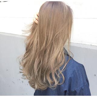 パーマ ニュアンス ウルフカット アッシュ ヘアスタイルや髪型の写真・画像 ヘアスタイルや髪型の写真・画像