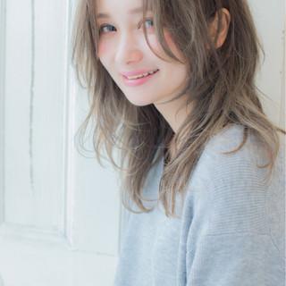 秋 大人かわいい ミディアム ナチュラル ヘアスタイルや髪型の写真・画像