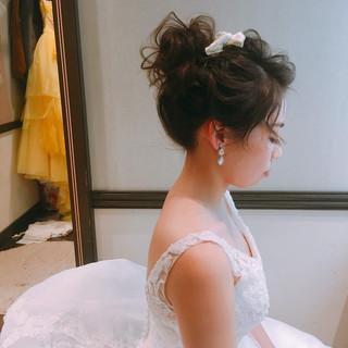 セミロング フェミニン ブライダル 結婚式ヘアアレンジ ヘアスタイルや髪型の写真・画像