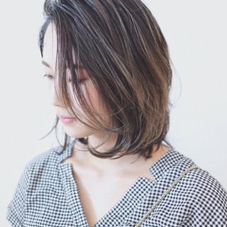 ミディアム グラデーションカラー 外国人風カラー バレイヤージュ ヘアスタイルや髪型の写真・画像