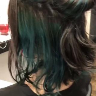 インナーカラー ストリート ブルー 簡単 ヘアスタイルや髪型の写真・画像