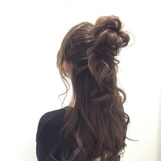 ショート ヘアアレンジ 大人女子 外国人風 ヘアスタイルや髪型の写真・画像