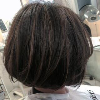 アッシュベージュ 暗髪 ローライト ボブ ヘアスタイルや髪型の写真・画像