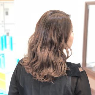 ヘアアレンジ モテ髪 セミロング ナチュラル ヘアスタイルや髪型の写真・画像