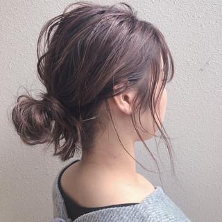 簡単ヘアアレンジ ヘアセット ふわふわヘアアレンジ ナチュラル ヘアスタイルや髪型の写真・画像