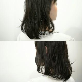 ふわふわ アッシュ ニュアンス 前髪あり ヘアスタイルや髪型の写真・画像