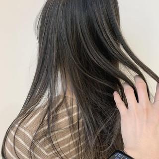 アッシュグレージュ 結婚式ヘアアレンジ 3Dハイライト ナチュラル ヘアスタイルや髪型の写真・画像