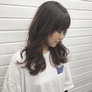 ピンクベージュ セミロング ストリート カラーバター ヘアスタイルや髪型の写真・画像