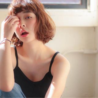 外国人風 大人かわいい 外ハネ パーマ ヘアスタイルや髪型の写真・画像