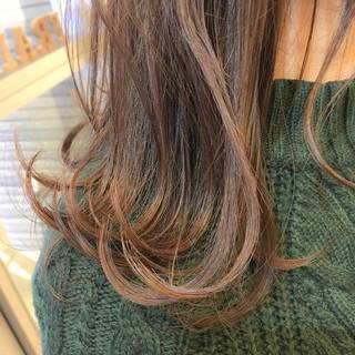コントラストハイライト デート ハイライト セミロング ヘアスタイルや髪型の写真・画像 ヘアスタイルや髪型の写真・画像