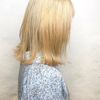 ミルクティーベージュ ミルクグレージュ ナチュラル ボブ ヘアスタイルや髪型の写真・画像