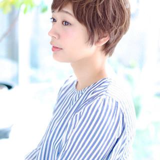 斜め前髪 ナチュラル 色気 ショート ヘアスタイルや髪型の写真・画像