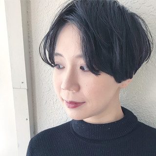 黒髪 ストリート ショート かき上げ前髪 ヘアスタイルや髪型の写真・画像