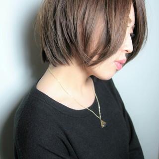ショート フェミニン ボブ 大人かわいい ヘアスタイルや髪型の写真・画像