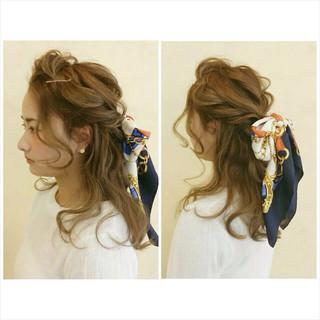 波ウェーブ ヘアアレンジ ヘアアクセ セミロング ヘアスタイルや髪型の写真・画像